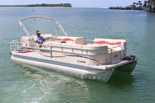 2007 Sweetwater 2386 Sport with Yamaha F115