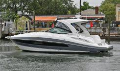 2017 Cruisers 35 Express
