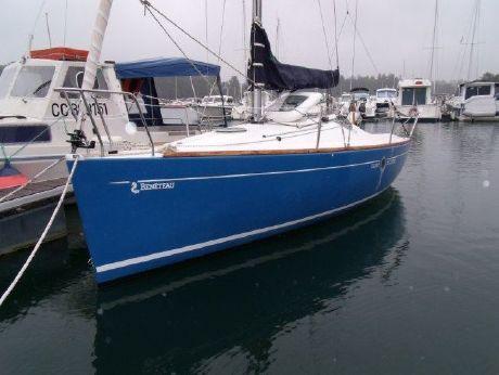 1995 Beneteau First 210
