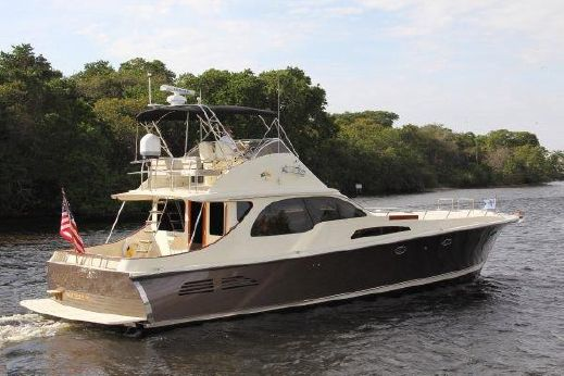 2007 Midnight Lace Flybridge Sport Cruiser