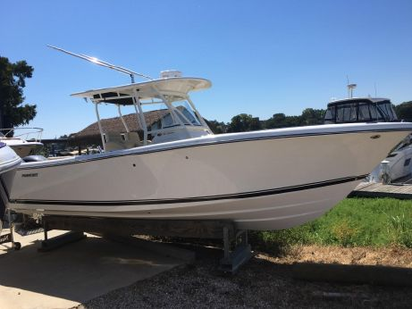 2017 Pursuit 280 Center Console