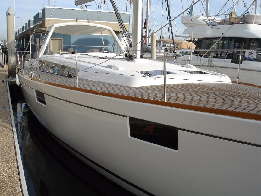 2014 Beneteau Oceanis 48 sailboat for sale