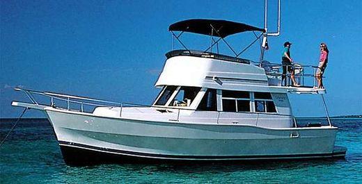 2004 Mainship 390 Trawler