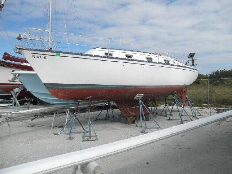 1980 Hunter Masthead Sloop