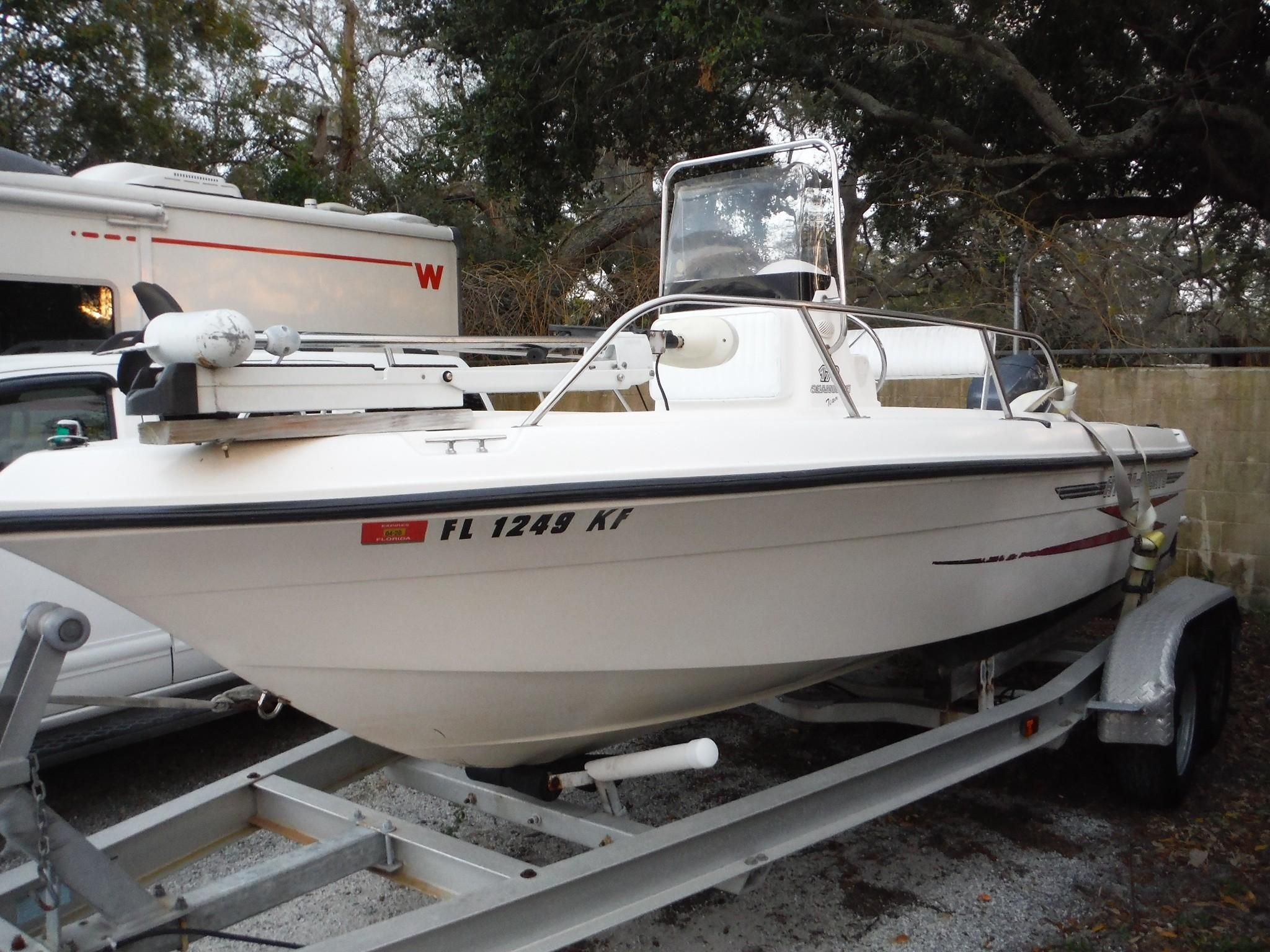 Hydra Sports Boats >> 2001 Hydra-Sports 170 Seahorse CC Power Boat For Sale - www.yachtworld.com