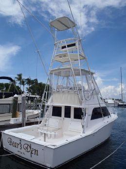 2003 Cabo Yachts Convertible