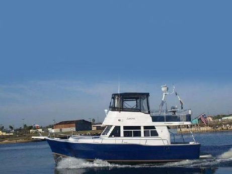 1998 Mainship Trawler 350-390