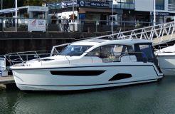 2020 Sealine C330