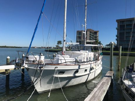 1981 Island Trader 46 trawler sailer