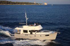 2017 Beneteau Swift Trawler 44