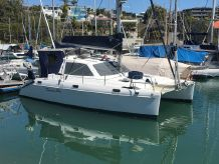 2007 Catamaran Rayvin 30