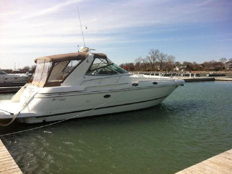 2001 Cruisers 3870 Express