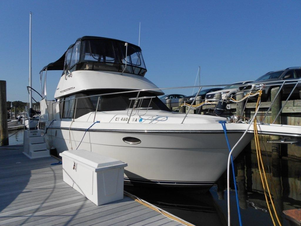 1991 carver 33 aft cabin motor yacht power boat for sale for Carver aft cabin motor yacht