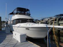 1991 Carver 33 Aft Cabin Motor Yacht