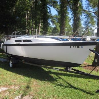 1993 Macgregor 26 Classic Water Ballasted