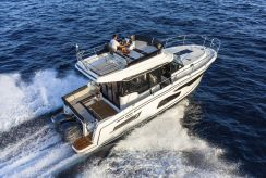 2020 Jeanneau Merry Fisher 1095 FLY Legend - DEMO BOAT NOW AVAILABLE