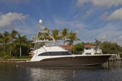 2010 Donzi Sportfish Yacht