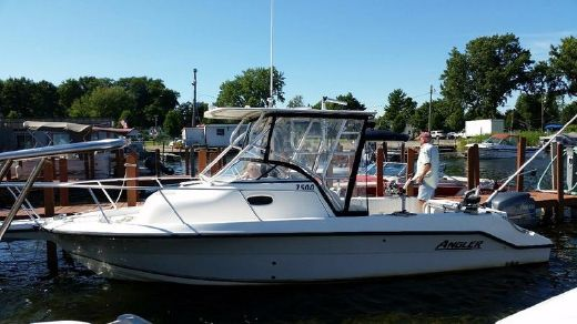 2005 Angler 2500 Walkaround