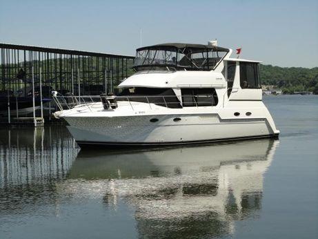 1999 Carver 406 Aft Cabin Motor Yacht