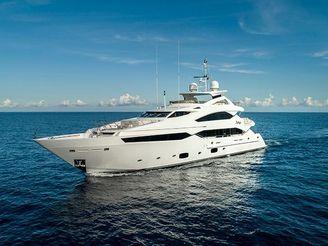 thumbnail photo 1: 2015 Sunseeker 40 Metre Yacht