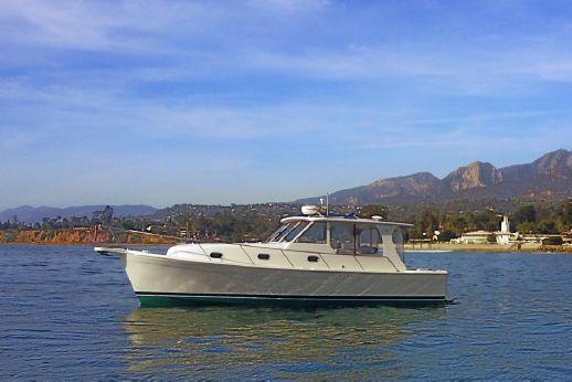 2007 Mainship Pilot 34 Sedan