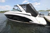 photo of 32' Regal 32 Express