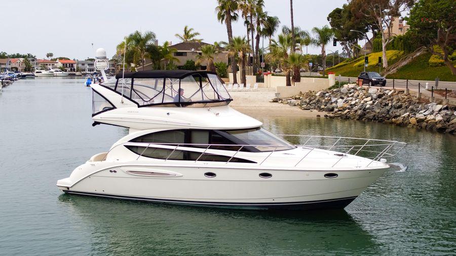 Meridian 391 Sedan Yacht for sale in Newport Beach CA