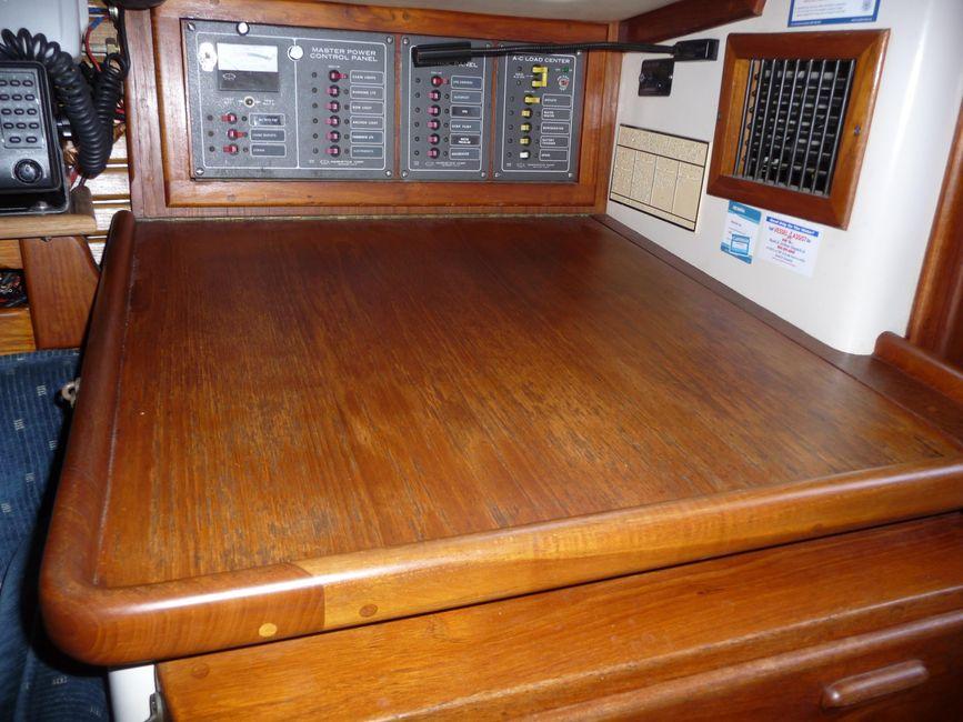 Pacific Seacraft 31 Nav Station