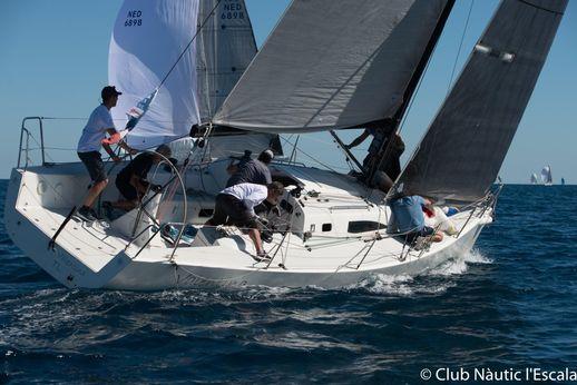 2013 J Boats J/111