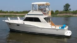 1979 Chris-Craft 360 Commander