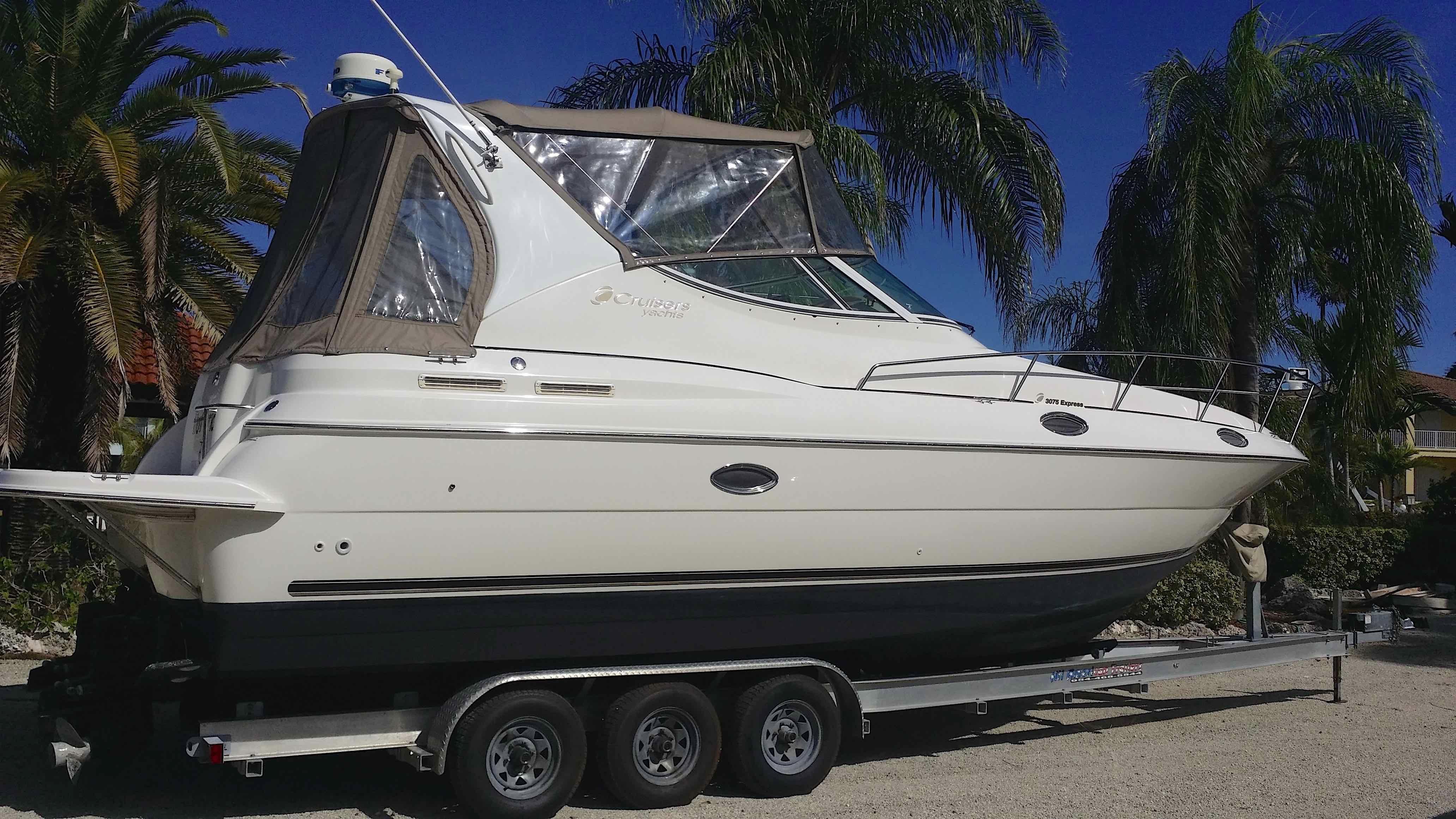 cabin hard express prod boats cruiser cabins top catamaran cruisers outboard titan sport fishing product