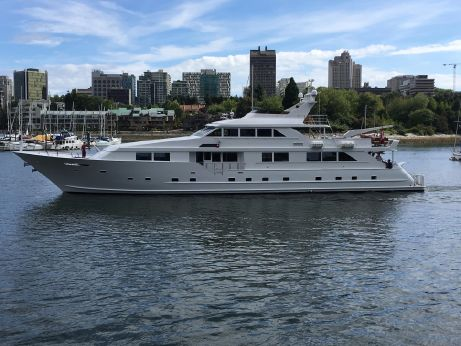 1993 Broward Tri-Deck Motor Yacht