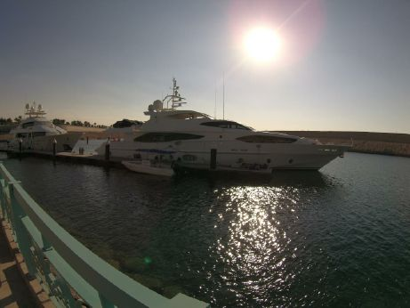 2012 Majesty Yachts Majesty 121