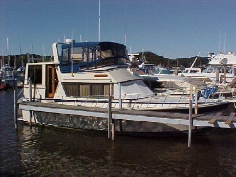 1985 Burns Craft Aft Cabin Motor Yacht