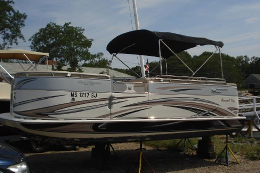 2012 Carolina Skiff Fun Chaser 19