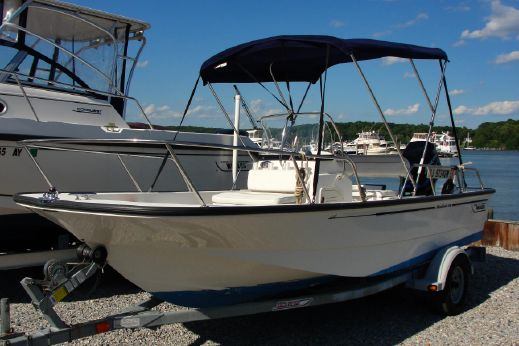 2003 Boston Whaler 17 Montauk