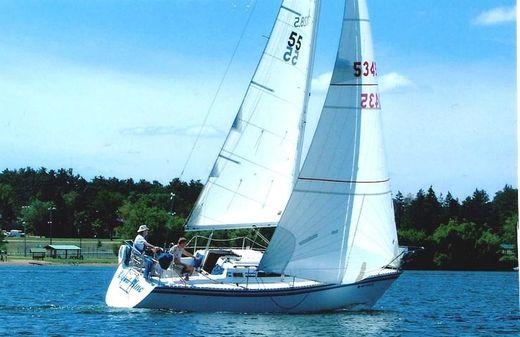 1985 Hunter 28.5