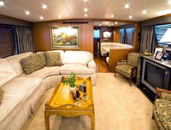 pre owned hatteras yacht for sale