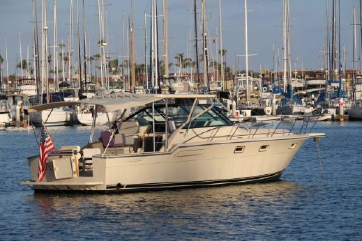 1985 Tiara 3600 Open Express w/ Hard Top