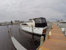 1970 Trojan 42 Sea Voyager Flush Deck