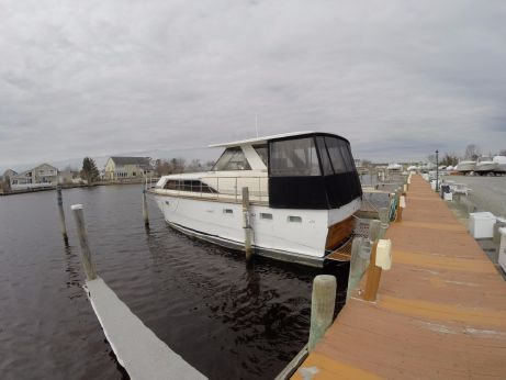 1970 Trojan 42 Sea Voyager Flush Deck