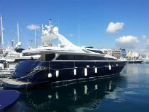 2010 Motor Yacht Admiral 33M