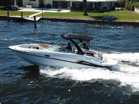 2016 Cruisers Sport Series 298 Bow Rider