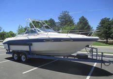 1992 Sea Ray 240 Overnighter Cuddy