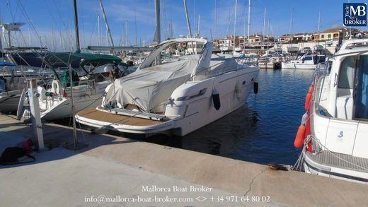 2010 Bavaria Motor Boats 38 S (Sport)