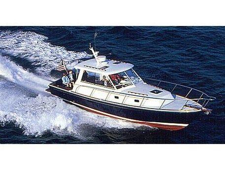 2004 Hunt Yachts 36 Express