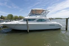 1993 Sea Ray 440 Express Bridge