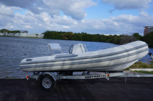2015 Evolution Tenders 15 Rib