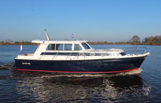 1997 Aquastar Ocean Ranger 38