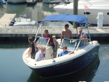 2007 Sea Ray 220 Select